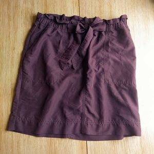 Maroon skirt with elastic waist and tie